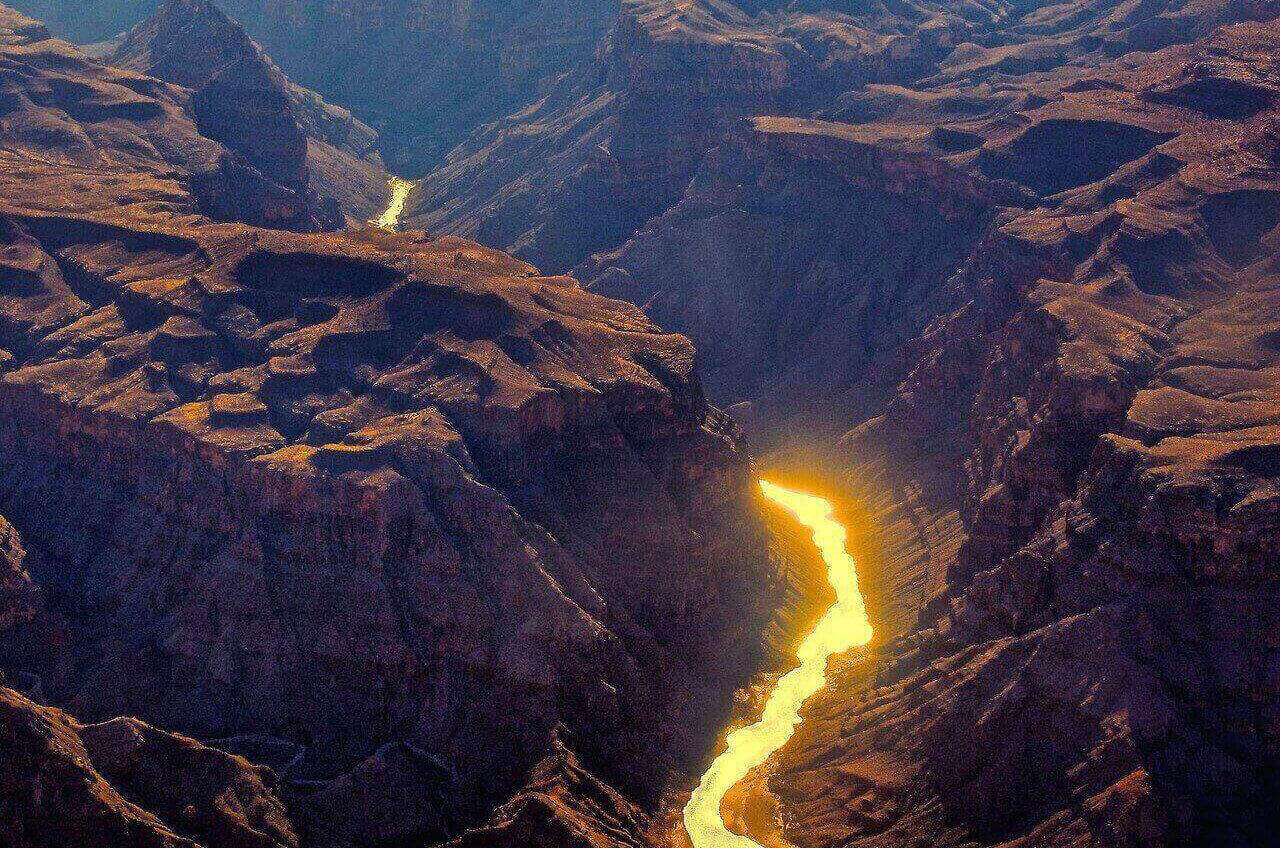 colorado-river-running-through-grand-canyon